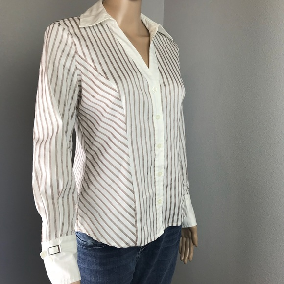 67dc4b3582652 ALFANI Tops - ALFANI Fitted Button Down Shirt. Women s Size 4